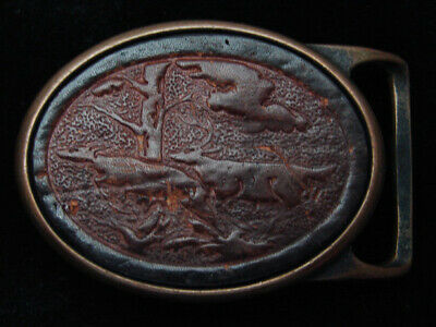 QB03166 VINTAGE 1970s **TWO DEER IN FOREST** ART LEATHER SOLID BRASS BELT BUCKLE