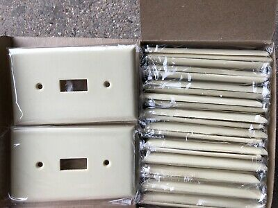 25 VTG Bakelite Eagle Art Deco  Light Switch Plates NOS ivory