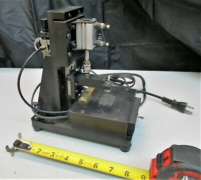 Suruga Seiki Linear Stage Assembly With Pneumatic Cylinder