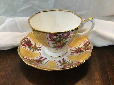 Royal Albert Old Country Roses Ruby Celebration Gold Damask Tea Cup Rare
