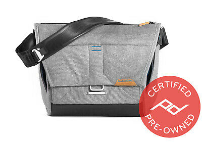 "Peak Design Everyday Messenger Bag V2  (13"", Ash) - PD Certified"