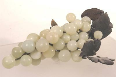 CHINESE JADE BUNCH OF GRAPES  WHITE LOVELY OLD China Fuit 1