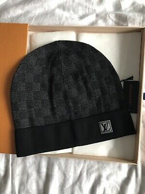 b8a304fd28d9 Louis Vuitton Black Grey Petite Damier Beanie Hat