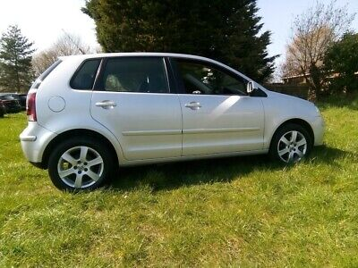 VW Polo 1.2 Match 70 Petrol 5-Speed manual 2009 52,000 miles