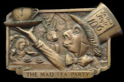 SA26159 COOL VINTAGE 1977 **THE MAD TEA PARTY** w/HIDDEN SMOKING PIPE BUCKLE