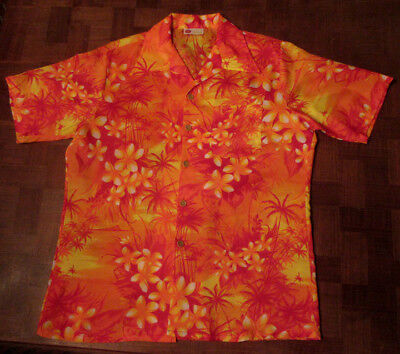 Vintage classic 1970s floral Hawaiian shirt SMALL by Sears Kings Road