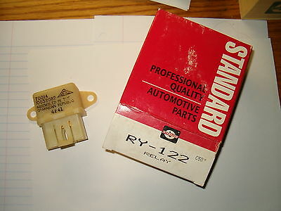 Standard Motor Products RY88 A//c Relay Blow Air Control Valve Relay