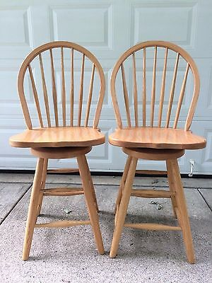 """Kloter Farms Swivel 2 Bar Stools 24"""" Counter Height Handcrafted Oak Wood Chair"""