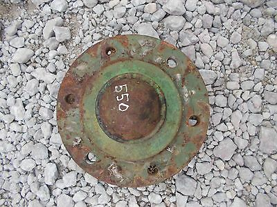 Oliver 550 tractor front wheel hub & center cover cap