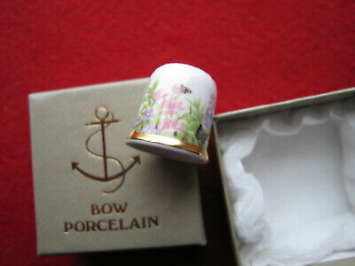 Fingerhut,Schmetterling motiv  Porzellan Bow Made in England Fine Bone China .