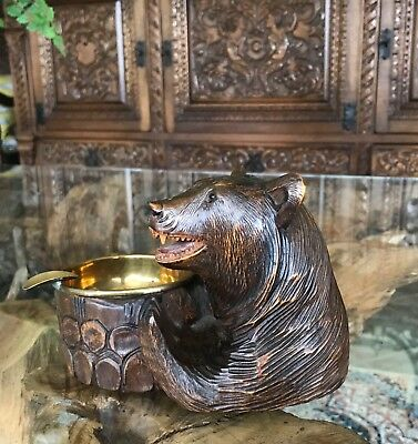 Beautiful Antique Vintage Black Forest Bear Carving Cigar / Cigarette Ashtray