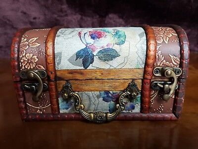 Rustic Wooden Colonial Style Trunk Treasure Chest Vintage Flower Storage Box