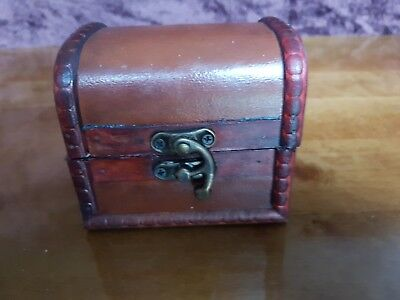 Rustic Wooden Colonial Style Trunk Treasure Chest Vintage Leather Storage Box