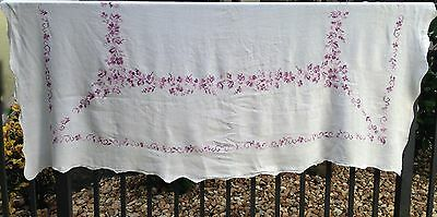"Shabby Cottage Chic Cross Stitch Tablecloth Scallop Edge White/Purple 70"" x 54"""