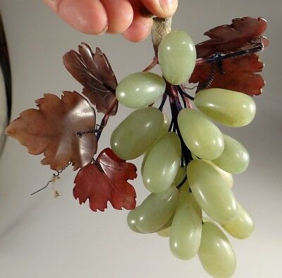 CHINESE FINE CARVED JADE STONE GRAPEs BUNCH  FRUIT OLD