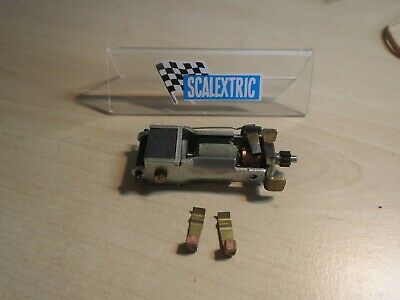 New Old Stock SCALEXTRIC Tri-Ang vintage RX charbons moteurs E2 X 2