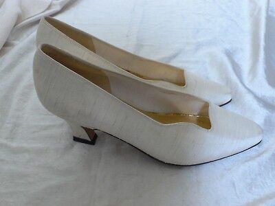 6 Ivory Dupion Silk 80s Vintage Wedding Shoes very Georgian/Victorian/Edwardian