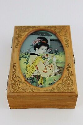 Vintage Hand Painted Wooden Chinese Jewellery Box & Mirror 13x9x3.5cm