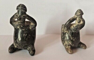 pair of vases for Coca leaves,Nayarit culture,100BC -250AB,Mexico,4x6cm