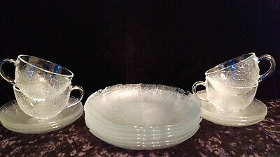 Vintage Arcoroc France Clear Scalloped Embossed Leaf Glass Dinnerware 16 pcs