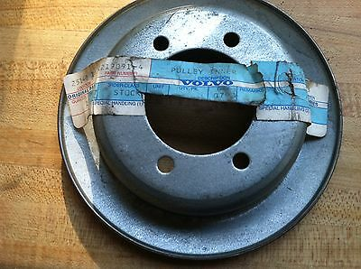 VOLVO NEW INNER PULLEY 1219091 Obsolete Hard to Find NOS