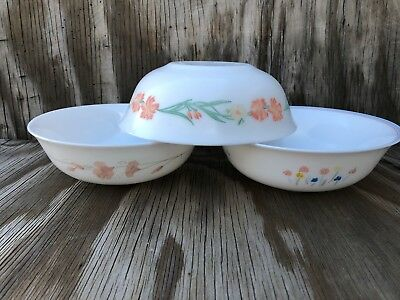 Arcopal Dishes Milk Glass Soup, Cereal Or Salad Bowls Set Of 3 Different Desig