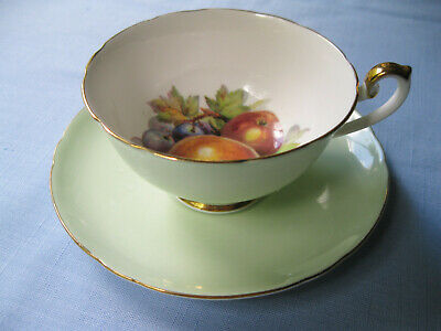 Shelley Cup & Saucer Fruit Center Lincoln Shape Mint Green Gold Trim #14208