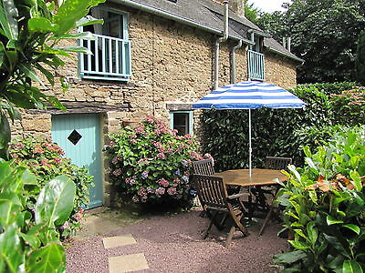 HOLIDAY GITE cottage CENTRAL BRITTANY FRANCE £95 NIGHT Sleeps 4