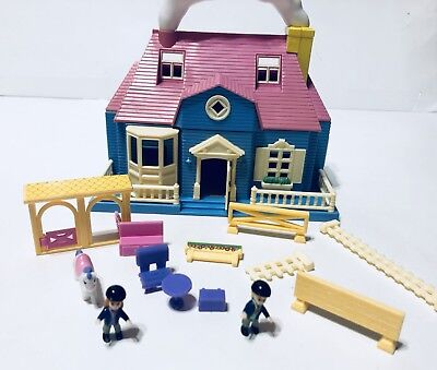 Vintage Tiny Dreams Blue Box Polly Pocket Carry Along Doll House Horse Stable