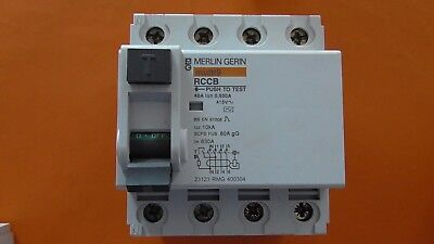 INTERRUPTEUR DIFFERENTIEL 4P  40A 30mA-AC Merlin-Gerin 23123