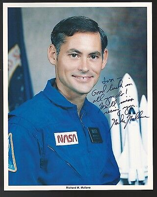 Richard M. Mullane Signed Autographed 8x10 Photo NASA Astronaut Auto