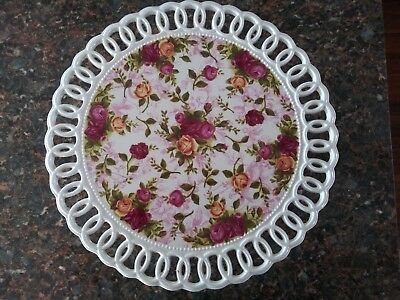 Beautiful Royal Albert Old Country Roses Pedestal Cake Plate