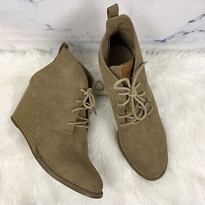 0dc2387ace9 Nautica Waterline Stacked Lace Up Wedge Boots Nubuck Suede Tan Women s 10