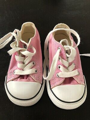 bc055ba8fa9563 TODDLER GIRLS CONVERSE Shoes Size 6 -  15.50