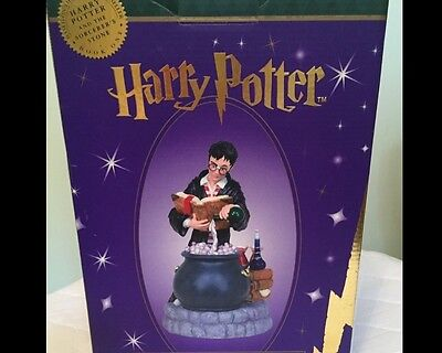 Harry Potter & The Sorcerers Stone Lighted Figurine