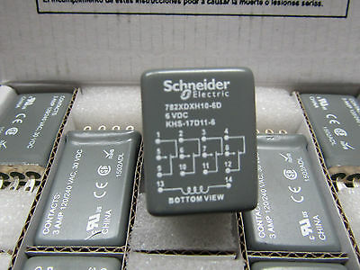 Box of 10 x Schneider 4PDT Plug In Non-Latching Relay, 6V dc Coil, 3A S1 8257490