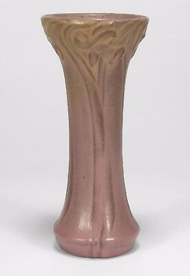 Van Briggle Pottery 1906 vase shape 458 Arts & Crafts matte bi color red clay