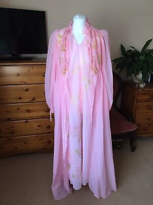 Vintage Ultra Sheer  Pink Lace Floral Negligee Nightdress Size 12 Two Piece