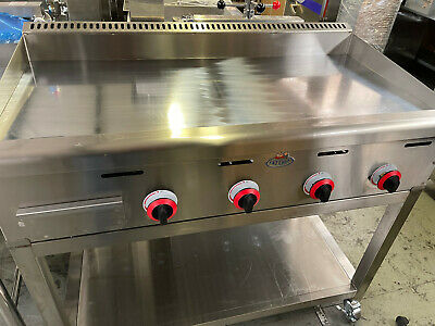 Chrome Platted Mirror Griddle , Brand Name Fat Cheff Natural Gas or LPG