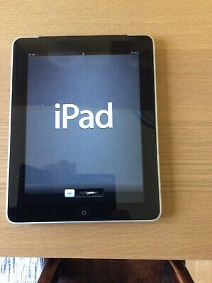 Apple Ipad A1337 64GB Wifi Silver with charging lead