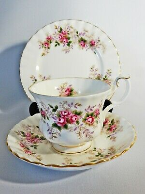 Stunning Royal Albert Lavender Rose Trio Cup Saucer Side Tea Plate Teacup Set