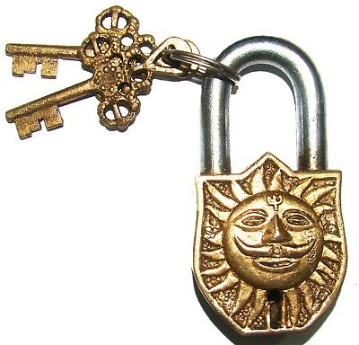 An Unusual attractive Brass God SUN SURYA FACE PADLOCK + 2 lovely keys INDIA