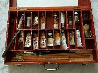 Large Vintage Wooden Artist Box Case ~  Paints, Brushes Etc
