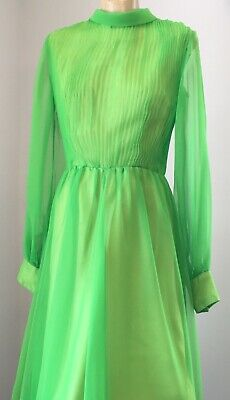 Vintage 1970s green evening dress with bishop sleeves - size 12