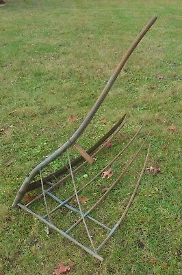 Antique Vintage Wooden Primitive Farm Tool Scythe Hay Grain Rake farming