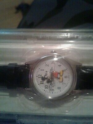Disneyland Resort Mickey Mouse Wrist Watch Black Leather Authentic original.