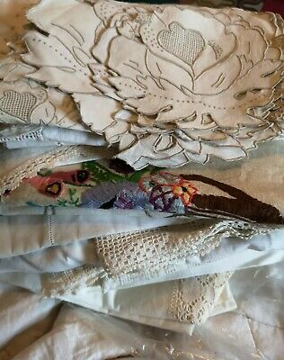 Vintage Lot~31~Doilies~Placemates~Table Runners~White~Cream~Crochet/Lace/Cutaway