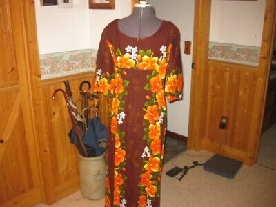 4d6e285cc53a Vintage 60s UI-MAIKAI Hawaiian Maxi DRESS HIBISCUS Hawaii S Barkcloth hip  mod