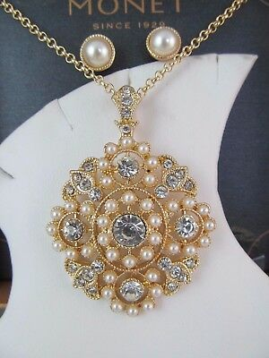 f29976f63a69c MONET GOLD TONE Circle Earring & Necklace Set New In Gift Box ...