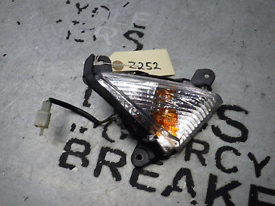 Kawasaki Z1000 Z 1000 Front right hand indicator OEM 2010-2013 FREE UK POST Z252